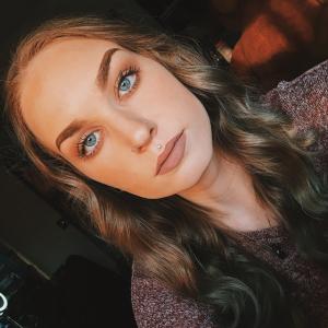 AprilBurnsRed's Profile Picture
