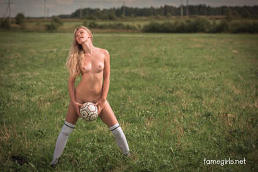 Ella - World Cup by FameGirlsElla