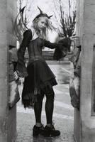 Gargoyle Lolita by nolwen
