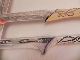 royal blades - closeup by MorellAgrysis