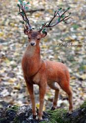 Needle Felted Deer by YuliaLeonovich