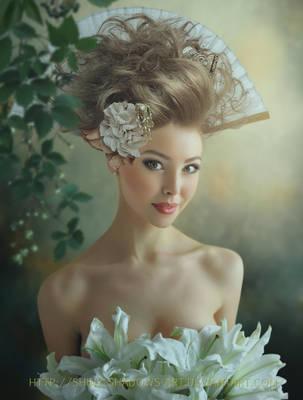 Essence Of Beauty by shiny-shadows-Art