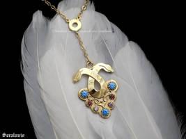 'Dorian Pavus' handmade necklace by seralune