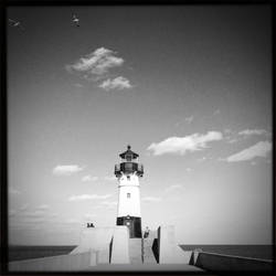 Duluth, MN Lighthouse by junkster78
