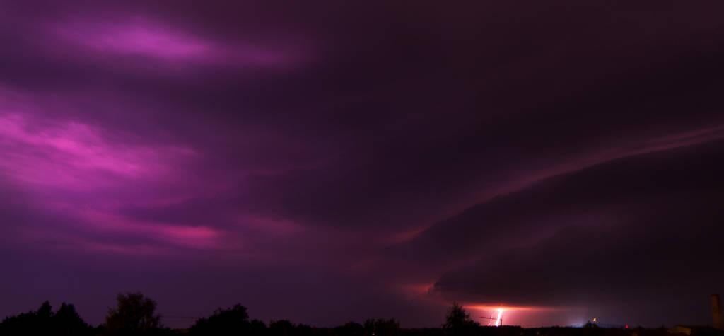 Stormy night by rontz
