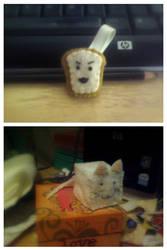 Toast Keychain + Cube Kitteh by Pheir