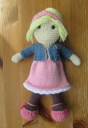 Doctor Who: Rose Tyler 'The Idiot's Lantern' doll by fourthimbles