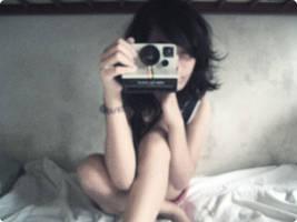 Messy Hair and Polaroid by starfishy0207