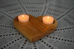 Cracked Wooden Heart Candle Holder by matcheslv