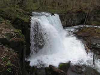 Large Waterfall - N.Japan by anjicle