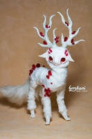 OOAK - albino deer - red cristals - poseable doll by Furrykami-creatures