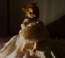 Haunted Doll by avidlebon