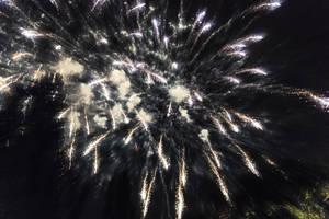 Fireworks by wiwaldi24