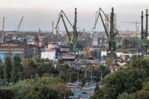 Gdansk shipyard by wiwaldi24