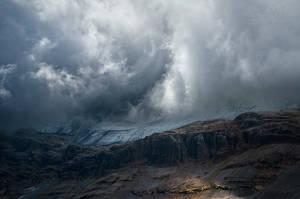 Land of the Valar by MaximeDaviron