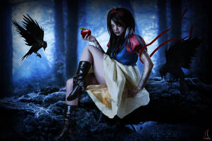 Snow White by MzDemented