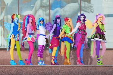 Equestria Girls by Ryoko-demon
