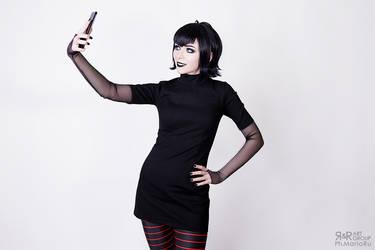 Dracula Selfie by Ryoko-demon