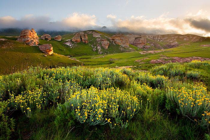 Maloti Pass by hougaard