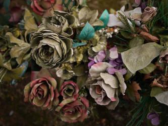 Quelque part sous les fleurs by bruno-Thievet