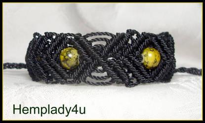 black diamond macrame bracelet by HempLady4u
