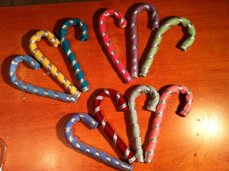 Christmas Candy canes by PiccolaKaila