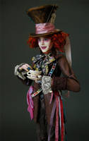 Johnny Depp - Mad Hatter 1 by wingdthing
