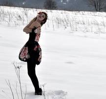 Frozen by MissHazelEye