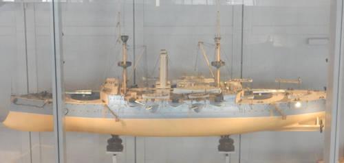 Model HMS Resolution or HMS Revenge by rlkitterman