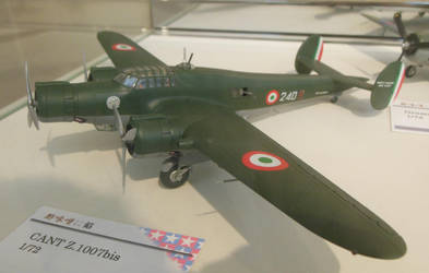 1/72 CANT Z.1007bis Alcione at SHSq by rlkitterman