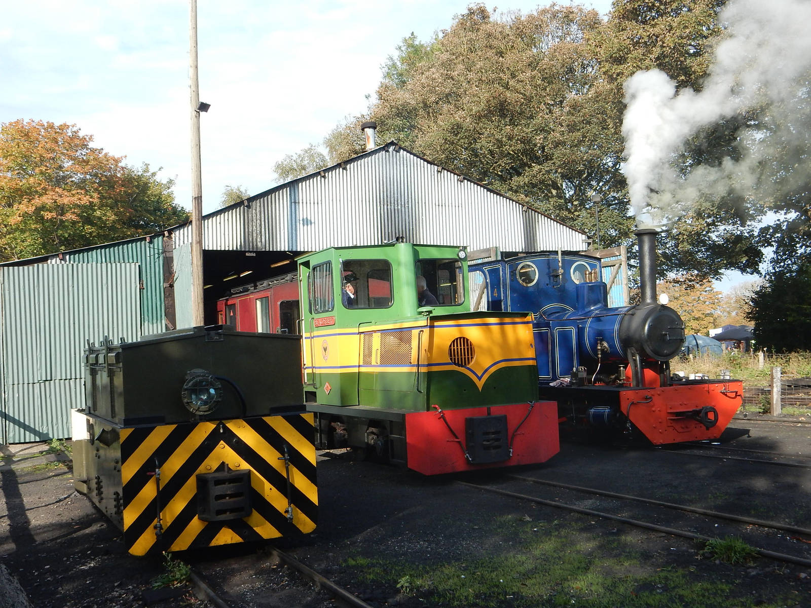 LBNGR Doll, Beaudesert and NG23 at Pages Park Shed by rlkitterman