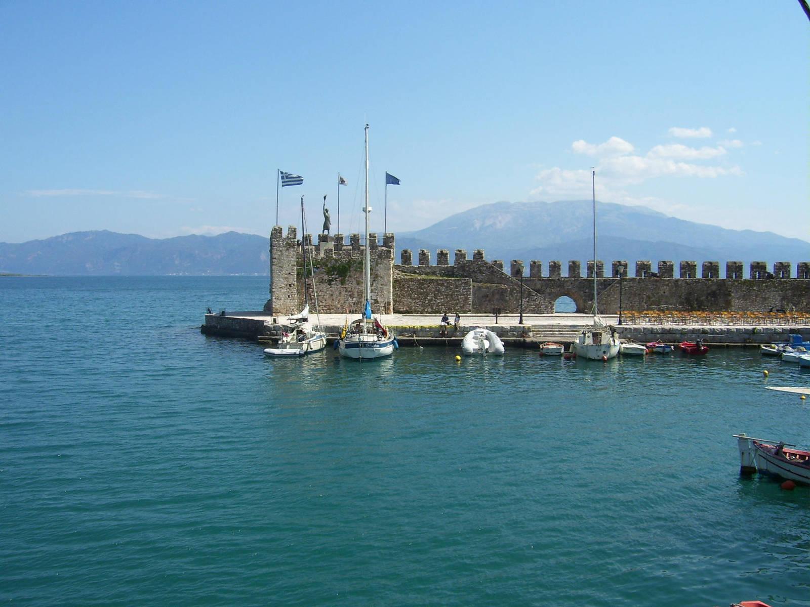 Nafpaktos Port by ventrix24