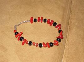 Coral/Onyx Bracelet by Batalha-Enterprises