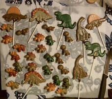 More Choco Dino Pops with some tiny friends by Batalha-Enterprises