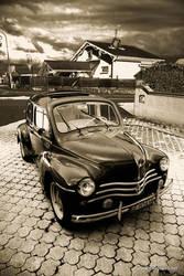 Renault 4cv by snapboy