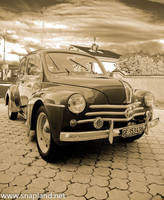 Renault 4cv II by snapboy