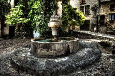fontaine Vaison la romaine by snapboy