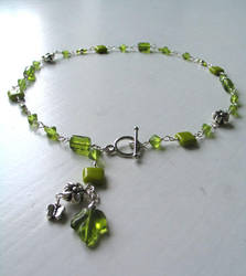 green necklace by nanna75