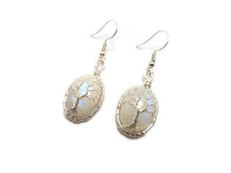 Moonstone earrings by jessy25522