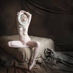 Elfenbein by Felicia-Lucienne