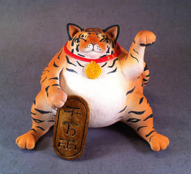 Super lucky...fat? little tiger special edition by Bakenekoya