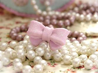 Sparkling pink bow by Cupcake--Princess