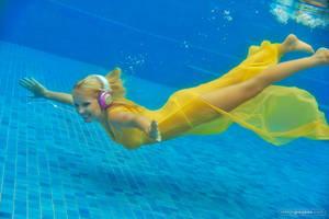Swimming In Music by stefangrosjean