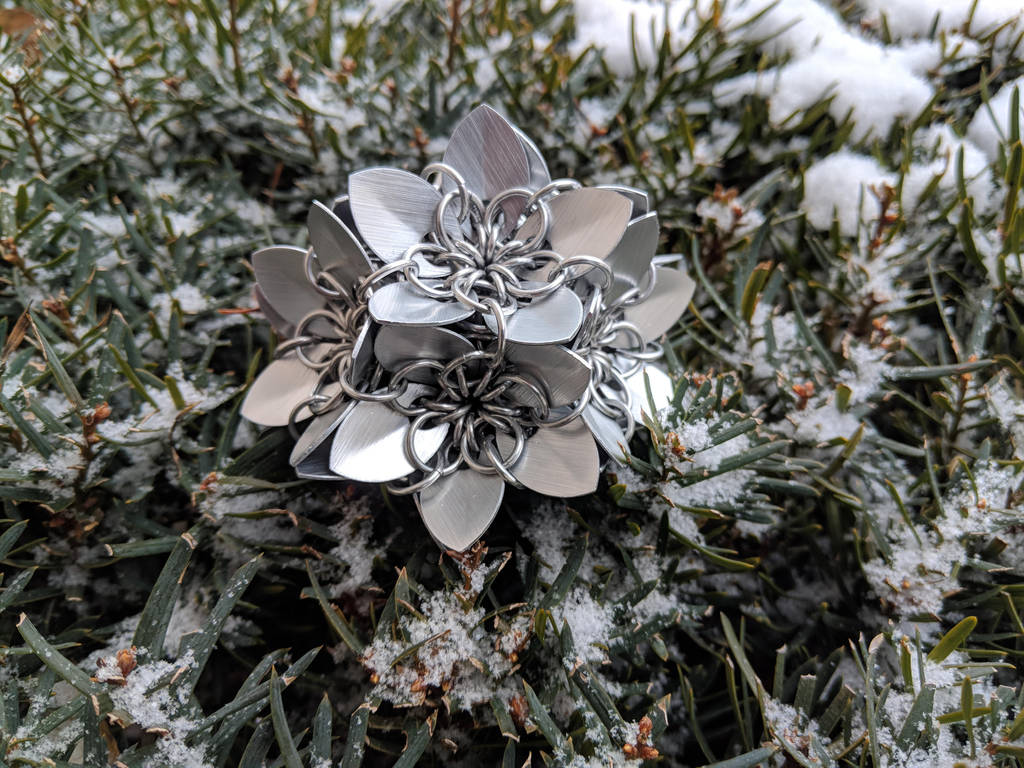 Scalemail Flower - Dodecahedron by demuredemeanor