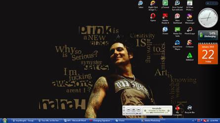 Synyster Gates Desktop by jingsgirl