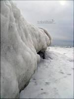 Faux Cliff by babygurl83