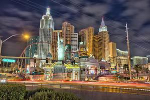 Las Vegas - New York New York by Torsten-Hufsky