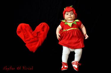 Red Baby by nagihanok