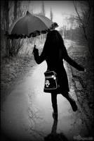 singing in the rain by dragona666