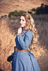 Dolores - I choose to see the beauty by elliria